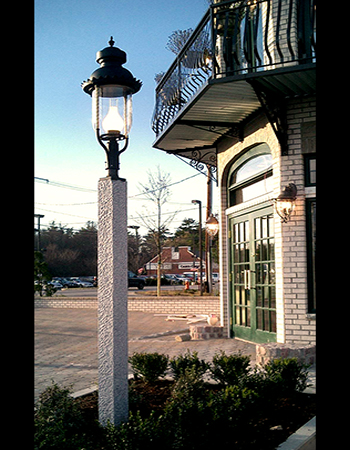 Granite Lantern Post Lamp