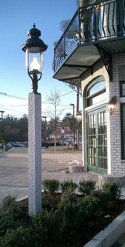 Granite Lamp Post - NH Gray Pineapple Finish